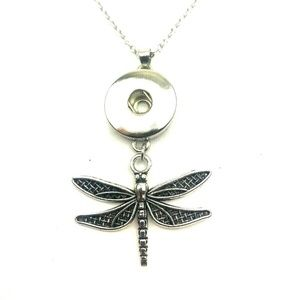 Jewelry - Dragonfly Snap Button necklace silver jewelry